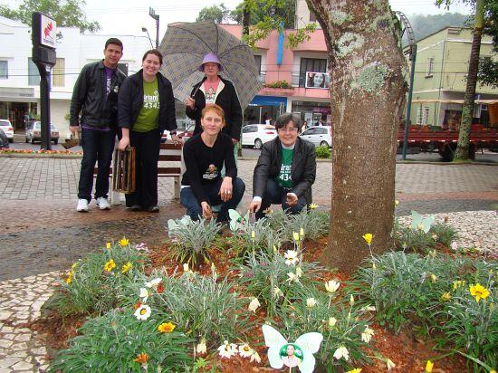 Flores encerram campanha de Miriam 4343