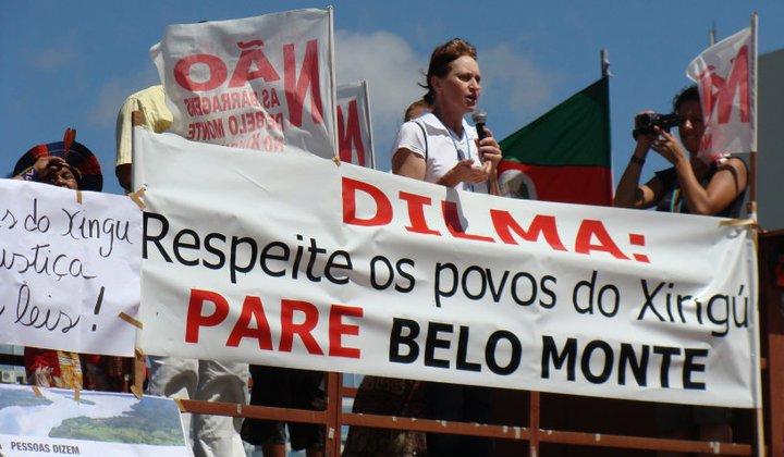 """Manifestação diz """"não"""" à Belo Monte"""